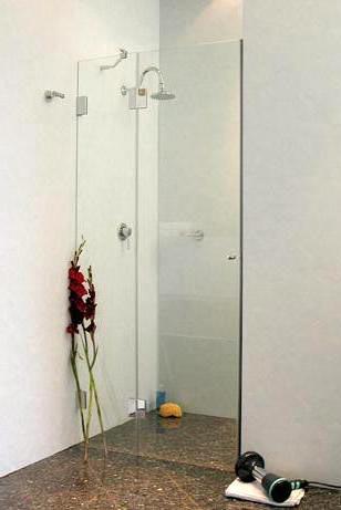 duscht r nach ma in nische glas rahmenlos von combia. Black Bedroom Furniture Sets. Home Design Ideas