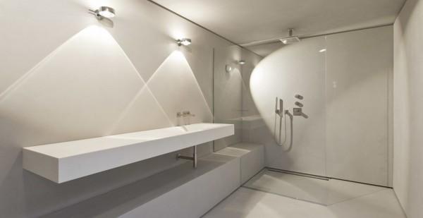 Wonderful Längliches, Minimalistisches Badezimmer
