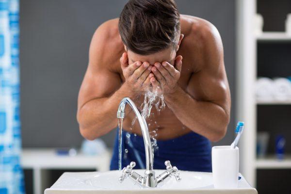 Richtig duschen: Tipps für gesundes Duschen
