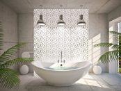 modernes Bad mit freihstehender Badewanne