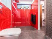 Rote Dusche