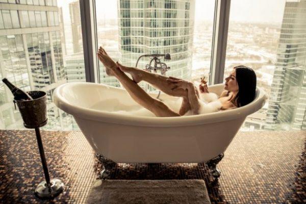 So verwandeln Sie Ihr Bad mit wenigen Kniffen in ein Wohlfühlerlebnis für alle 5 Sinne