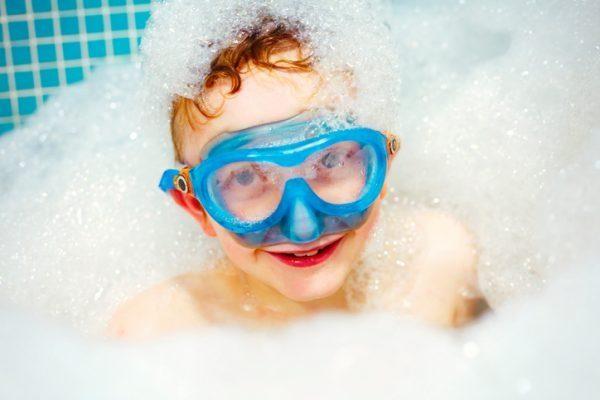 5 Badezimmerspiele für Kinder – So wird Baden zum Spiel- und Spaßerlebnis