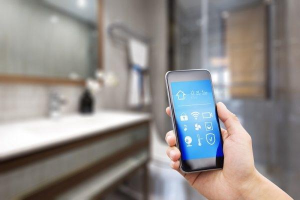 Mit dem Smartphone das Bad 4.0 steuern