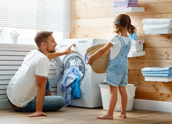 kinder helfen im haushalt mit diesen tipps spielen klappt s. Black Bedroom Furniture Sets. Home Design Ideas