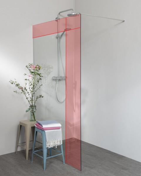 Begehbare Dusche: Freistehende Duschwand mit Ausgleichsprofil, Maßanfertigung
